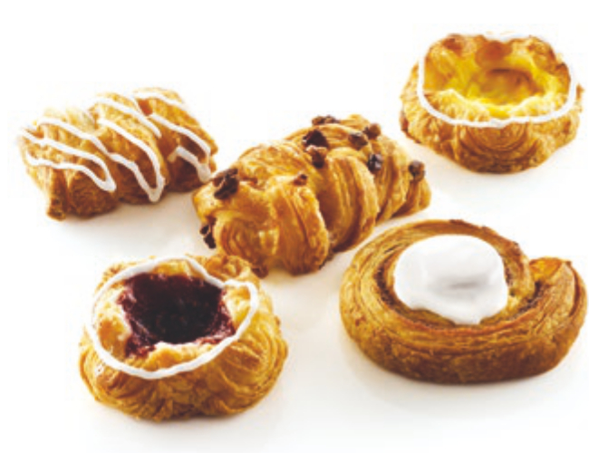 "MINI CROWN ASSORTED DANISH<br>Pack Size:<span class=""custom-label-text"">120/1.48OZ</span><br>Item Code:<span class=""custom-label-text"">DS25</span> Image"
