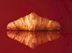 "MINI BUTTER CROISSANT<br>Pack Size:<span class=""custom-label-text"">150/1OZ</span><br>Item Code:<span class=""custom-label-text"">DS28</span> Image"