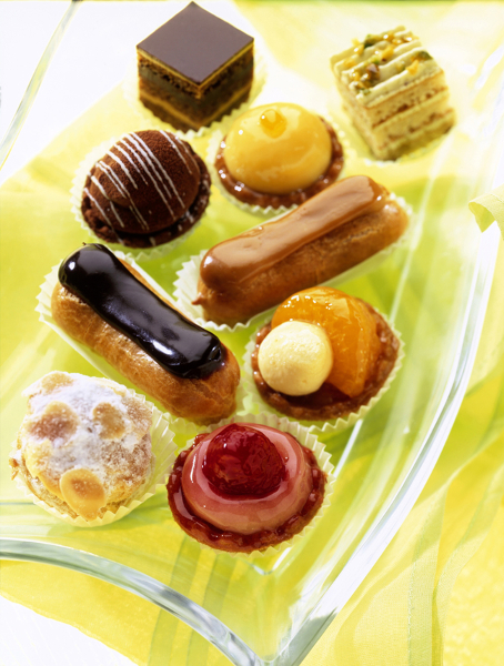GP04 - SWEET EMOTION PETIT FOURS