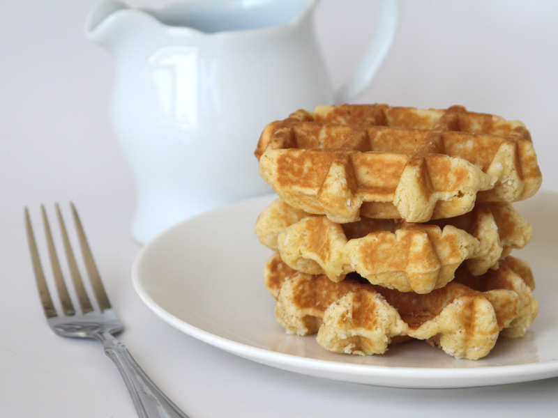"TRADITIONAL WAFFLE<br>Pack Size:<span class=""custom-label-text"">48/2.5OZ</span><br>Item Code:<span class=""custom-label-text"">WF00</span> Image"